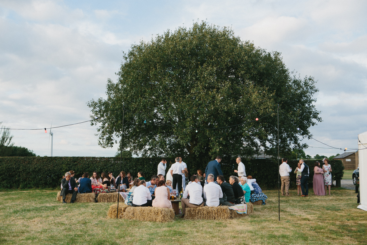 Country Wedding - Hay bales